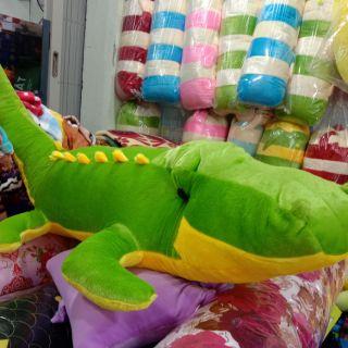 Cá sấu nhồi bông lớn 1m4