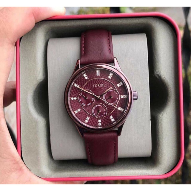 Đồng hồ nữ Fossil BQ3285 chính hãng dây da đỏ cá tính nổi bật Đồng hồ nữ Fossil BQ3285 chính hãng dây da đỏ cá tính nổi bật