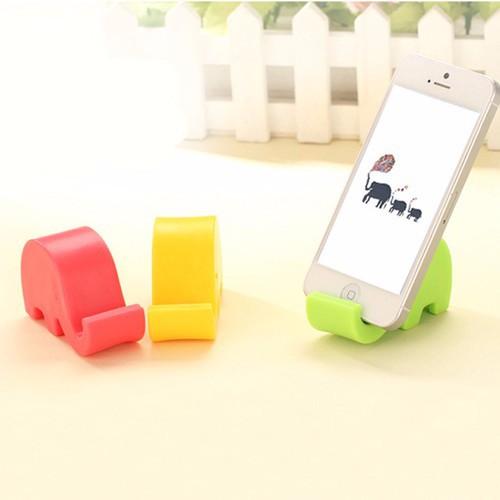 Giá để điện thoại hình voi con kute