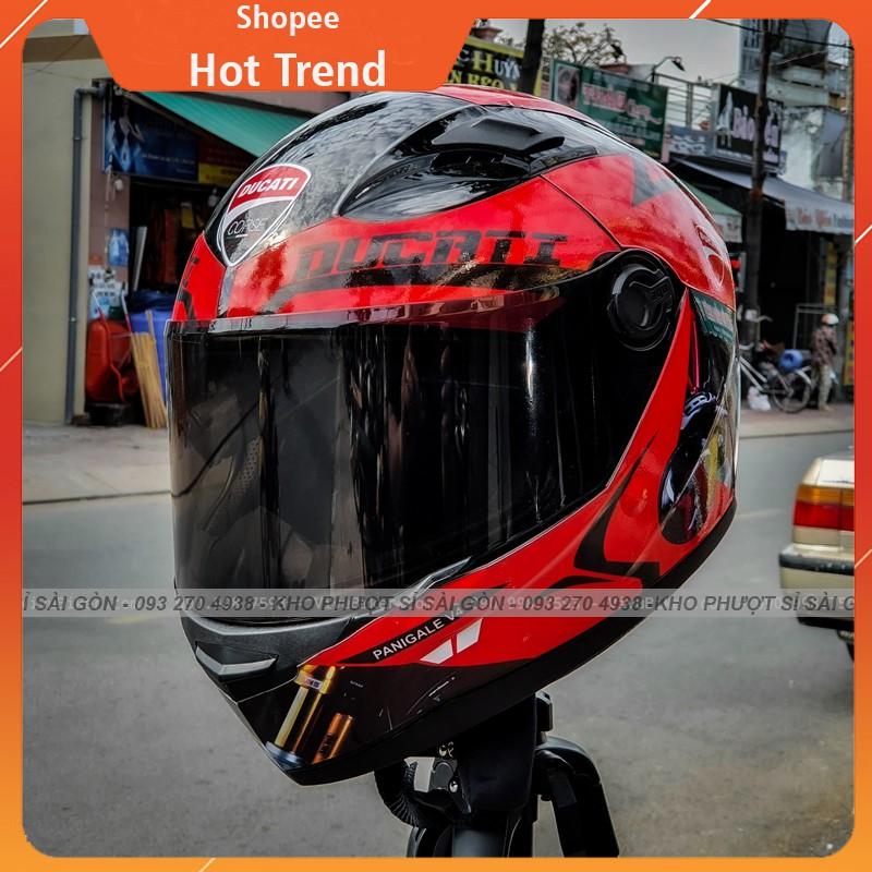 Nón bảo hiểm Fullface AGU dán team trùm decal DUCATI gắn sẵn kính đen siêu đẹp - Mũ fullface AGU đen bóng chính hãng