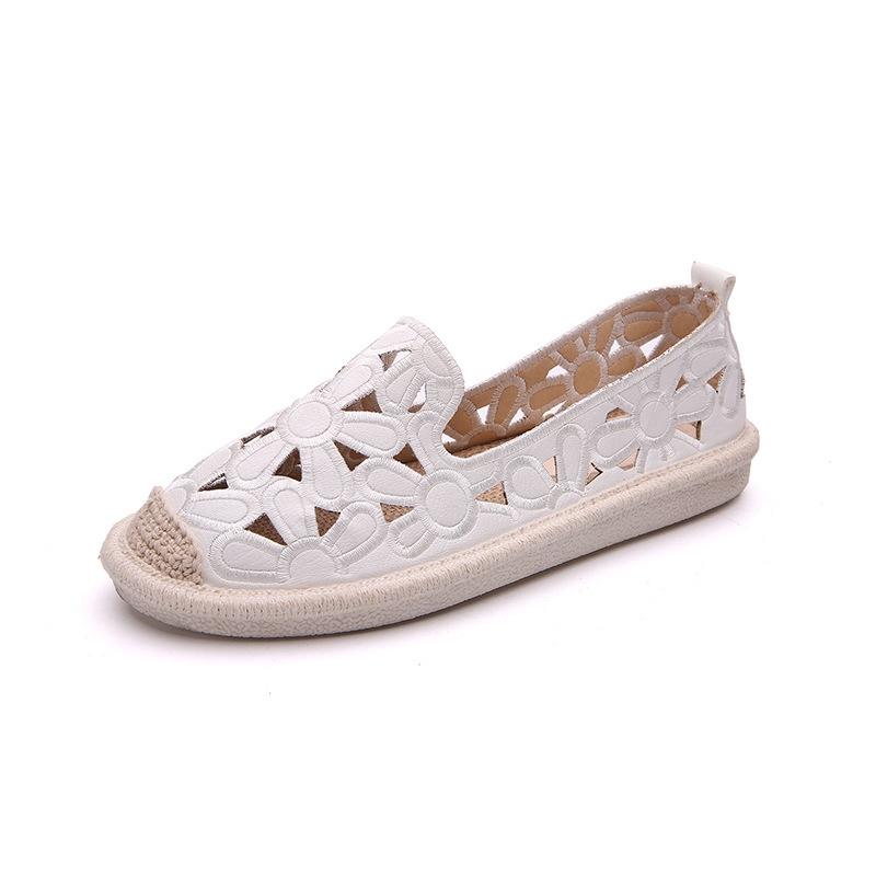 Giày Lười Họa Tiết Dập Lỗ Thời Trang Hàn Quốc Cho Nữ