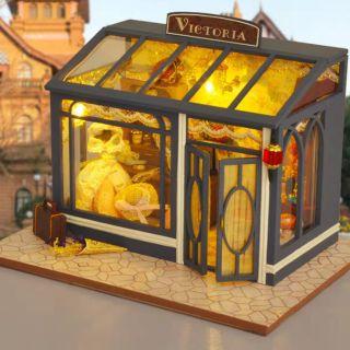 Mô hình nhà gỗ búp bê Dollhouse DIY – TD28 Victorian