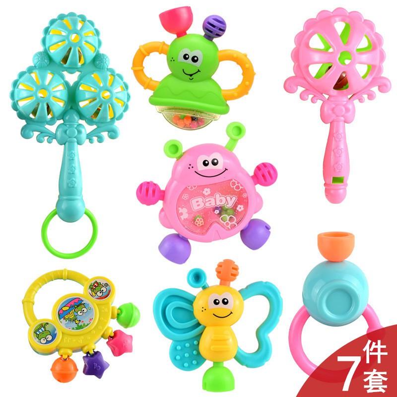 Bộ đồ chơi lúc lắc, xúc xắc 7 món cho bé M01