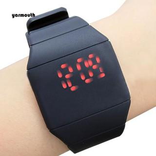 Đồng hồ đeo tay điện tử dây silicon thiết kế siêu mỏng thời trang cho nam