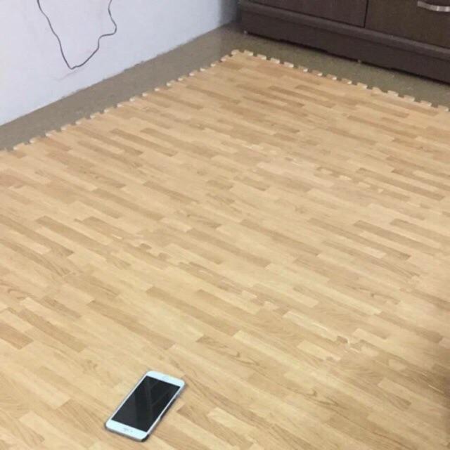 Combo 3 bộ thảm xốp vân gỗ 60x60
