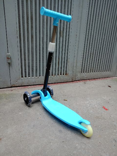 Xe trượt Scooter 3 bánh cho bé
