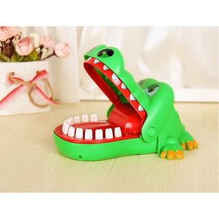 [XẢ KHO CẮT LỖ] Đồ chơi khám răng cá sấu cắn tay loại to cho bé