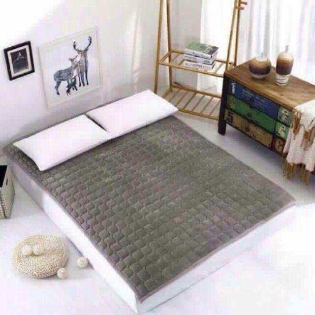 Thảm nỉ nhung trải giường 1m8x2m.