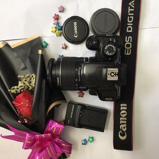 Máy ảnh Canon EOS 1100D kèm lens kit 18-55 mm