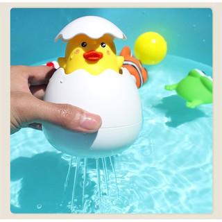 Đồ chơi trứng vịt cho bé tắm