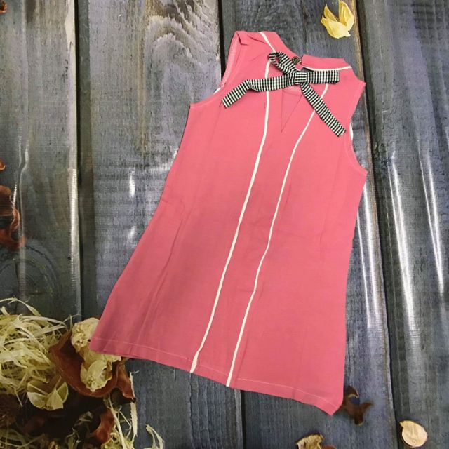 Váy bé gái cotton thêu chữ H&M màu xám,hồng - 2579619 , 956621180 , 322_956621180 , 90000 , Vay-be-gai-cotton-theu-chu-HM-mau-xamhong-322_956621180 , shopee.vn , Váy bé gái cotton thêu chữ H&M màu xám,hồng