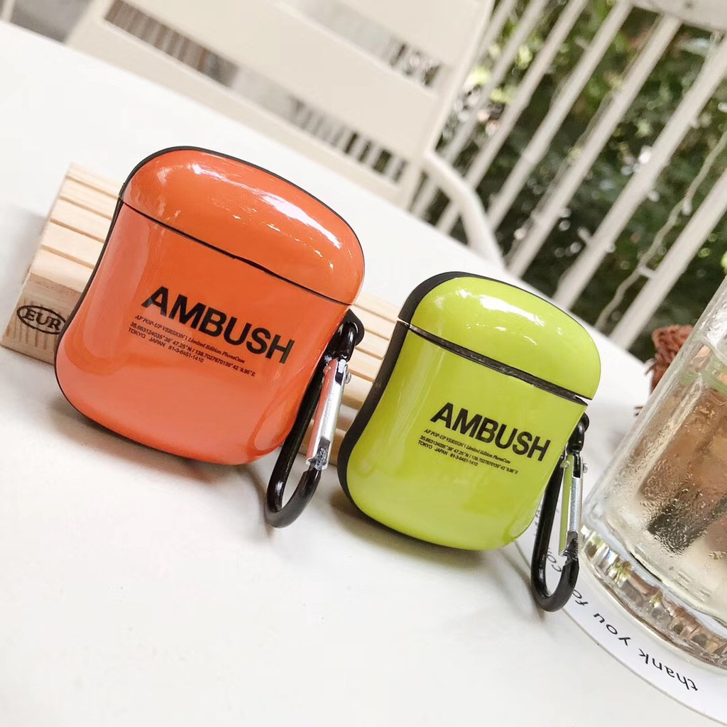 Fashion AirPods Case Small Wrist Shape Individual letters Motif AirPod Soft Case Glossy AirPod 1 AirPods 2 Cover