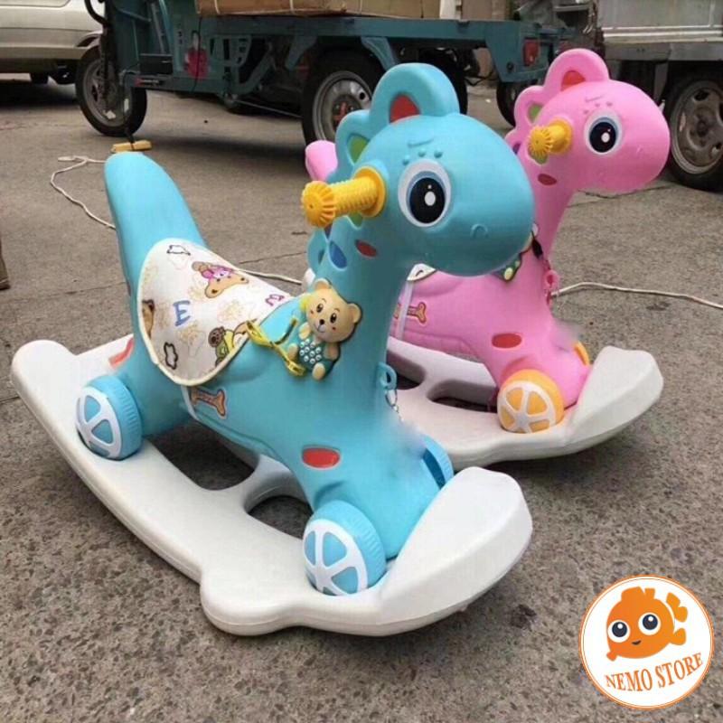 Ngựa bập bênh có đèn có nhạc có bánh xe cho bé