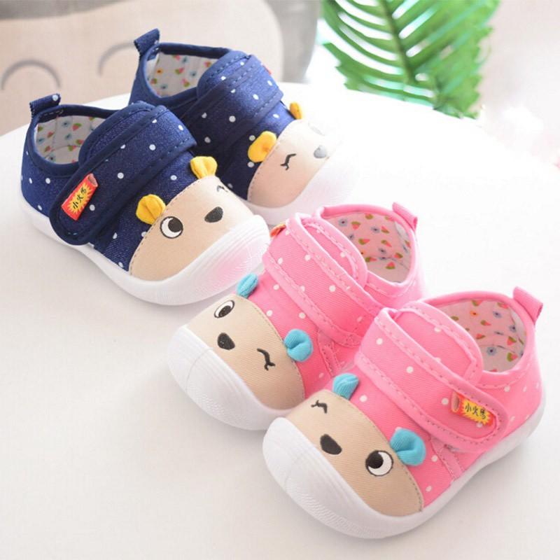 Giày tập đi đế mềm cho bé trai và gái