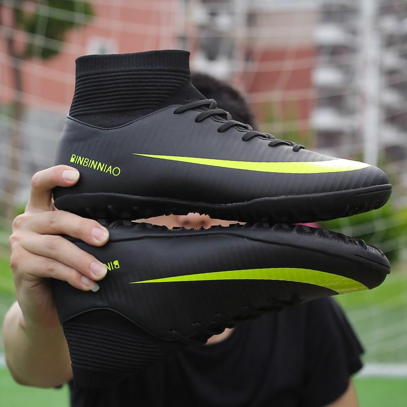 Giày Đá Bóng Cao Cổ Cao Cấp Màu Đen Sân Cỏ Nhân Tạo Mẫu 33-44 TF FUTSAL SHOES New Fashion Soccer Shoes