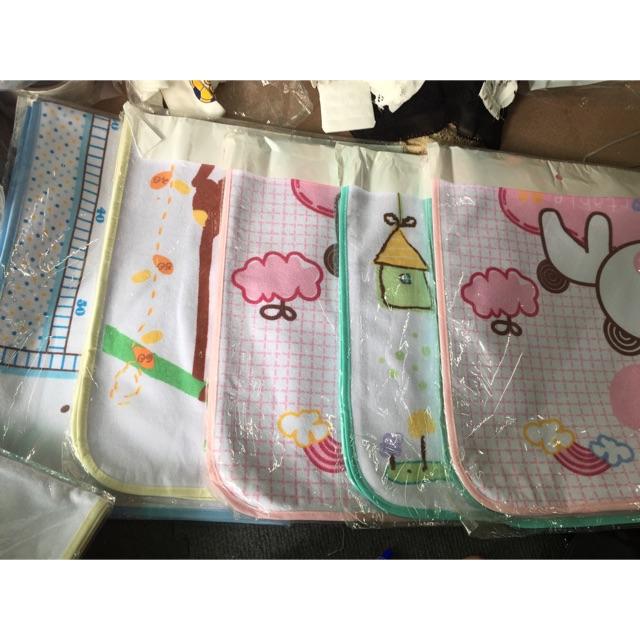Tấm lót chống thấm best baby đo chiều cao cho bé - 2569413 , 948307374 , 322_948307374 , 45000 , Tam-lot-chong-tham-best-baby-do-chieu-cao-cho-be-322_948307374 , shopee.vn , Tấm lót chống thấm best baby đo chiều cao cho bé