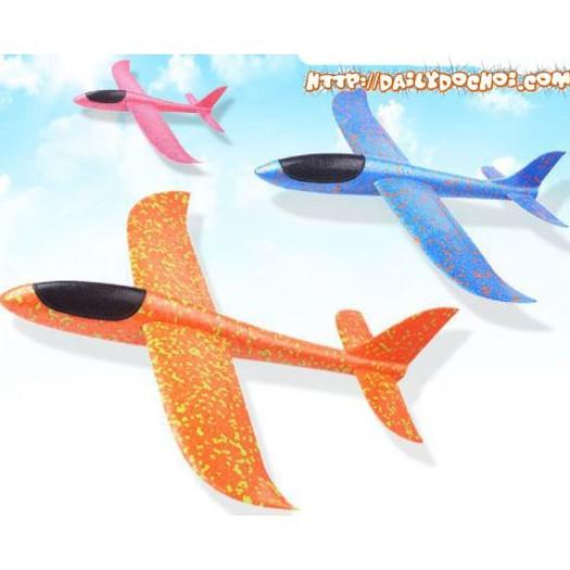 [Mã TOYFSS7 hoàn 20K xu đơn 50K] Máy bay xốp cho bé màu xanh hồng. Máy bay tiêm kích phi tay