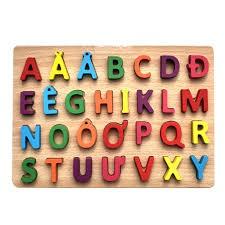 Bảng chữ nổi tiếng việt bằng gỗ kt 22x30cm