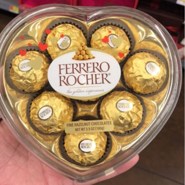 Quà 8-3 Sô cô la Ferrero Rocher trái tim