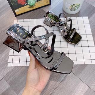 Sandal cao gót dây trơn gót tháp