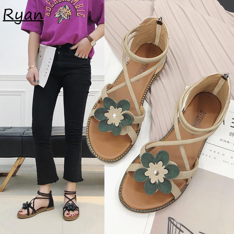 Wild sandals female flowers flat bottom bag with casual student beach