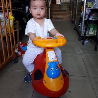 Xe lắc Việt Hàn