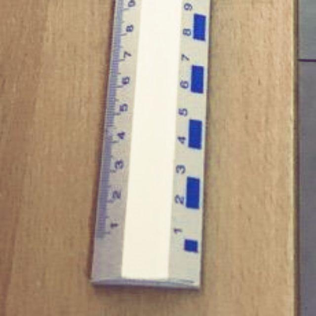 Thước nhôm 1 mét. Dụng cụ dành cho giáo viên và các văn phòng.