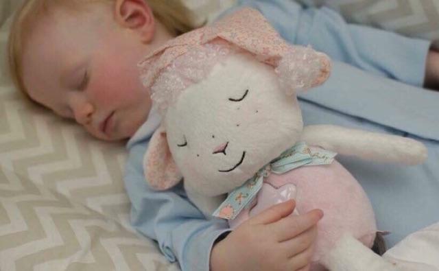 Cừu ru ngủ Zapf Creation (Đức)