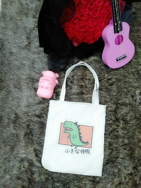 Túi đeo vai vải mềm - KHỦNG LONG