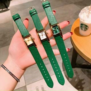 Đồng hồ dây da thời trang nữ mặt chữ nhật nhỏ, sz 18, versace