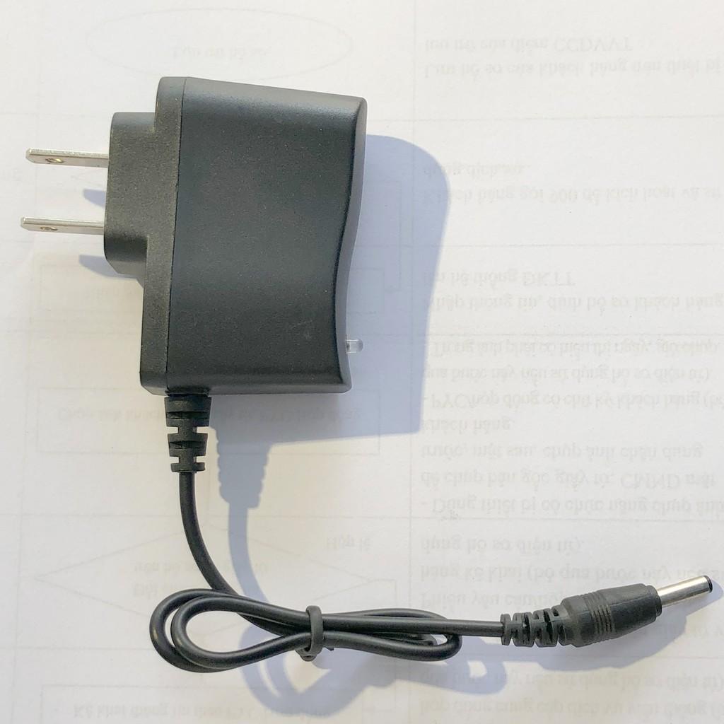 BỘ SẠC CHÂN TRÒN CHO ĐÈN PIN 4.2V, dùng cho đèn pin sạc và đèn đội đầu, có đèn báo tự ngắt khi đầy pin
