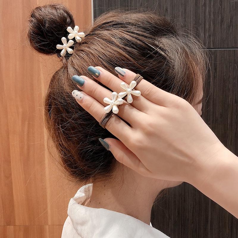 dây buộc tóc nữ co giãn thời trang hàn - 14411083 , 2531410519 , 322_2531410519 , 49000 , day-buoc-toc-nu-co-gian-thoi-trang-han-322_2531410519 , shopee.vn , dây buộc tóc nữ co giãn thời trang hàn
