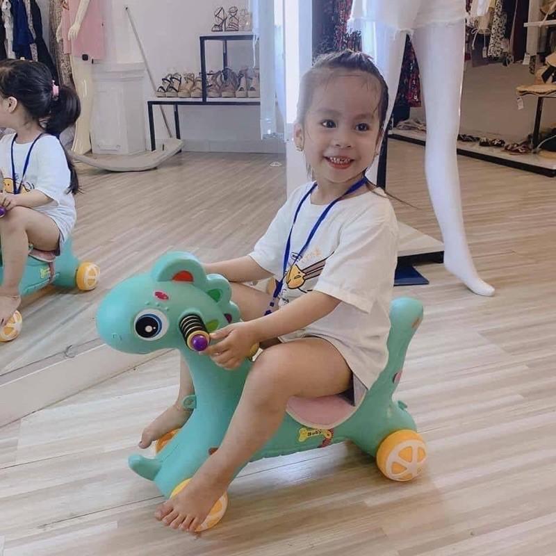 ngựa bập bênh - chòi chân cho bé