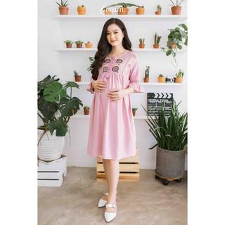 Đầm bầu thêu đô trước tay bèo phối ren hồng ruốc Emum thumbnail