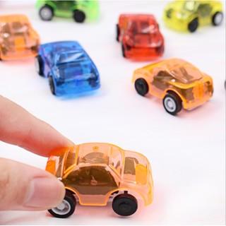 Combo 10 chiếc xe đồ chơi có dây thiều chạy được khá xa. Giá 68k/10 chiếc đủ màu