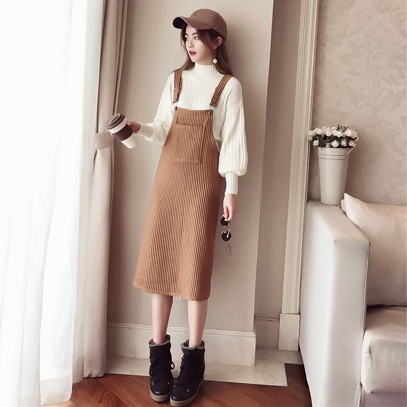 4704597292 - Bộ Áo Sweater Dài Tay + Chân Váy Yếm Xinh Xắn Dành Cho Nữ