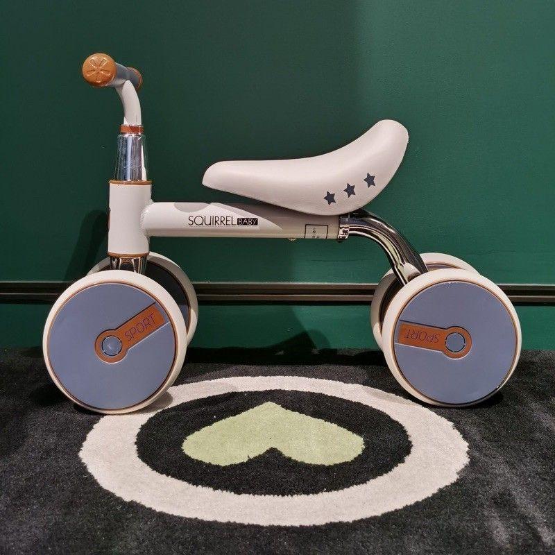 [Rẻ nhất shopee]Xe thăng bằng 4 bánh Xe Chòi chân cho bé