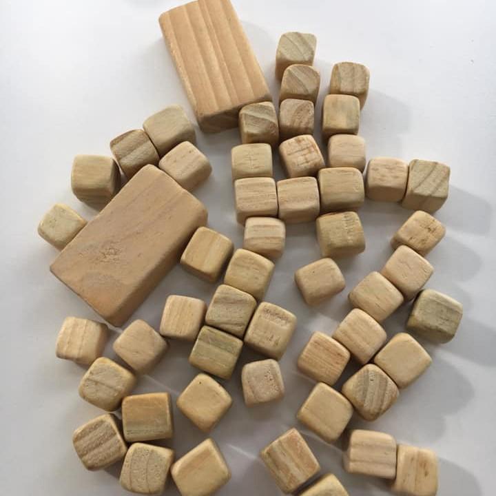 Bộ đồ chơi Ô ăn quan gỗ thông(trò chơi dân gian)