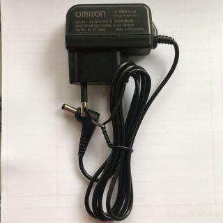 Sạc huyết áp điện tử hãng omron