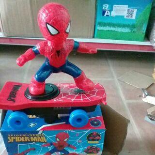 Tặng pin.Người nhện lướt ván.đồ chơi bé trai,đồ chơi bé gái