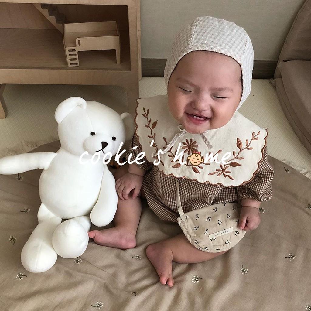 Set áo liền quần cổ vuông thêu hoạ tiết cho bé sơ sinh chụp hình thôi nôi đầy tháng