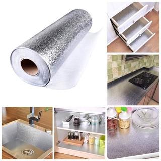 Cuộn giấy bạc dán bếp cách nhiệt, miếng decal dán tường nhà bếp chống thấm bền đẹp
