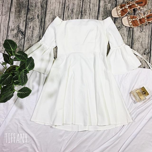 [Order] Váy trễ vai tay loe đẹp chuẩn dáng