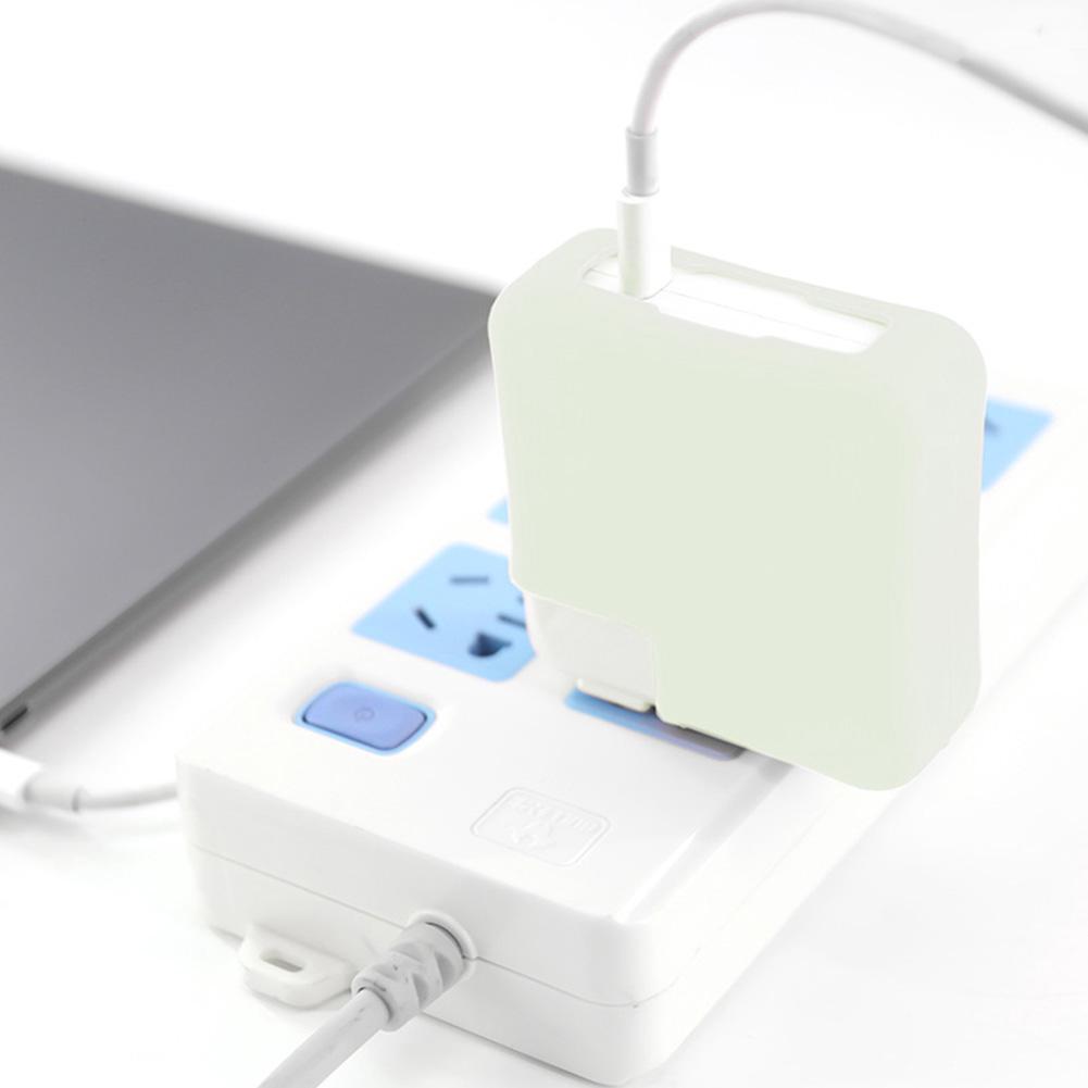 Vỏ silicon bọc bảo vệ sạc laptop MacBook