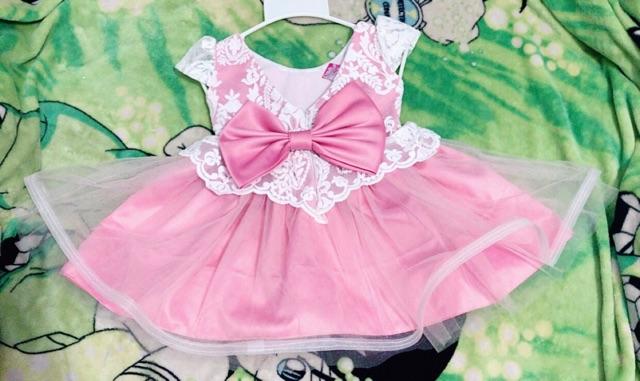 Đầm công chúa peplum