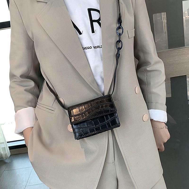 Crocodile small square bag female 2019 new Korean version of