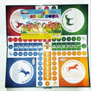 Bộ cờ cá ngựa cỡ lớn SATO : 16 con cá ngựa, 4 xúc xắc, 4 cốc lắc. Nhựa nguyên sinh