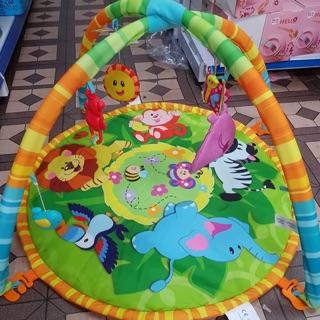 Thảm nằm chơi cho trẻ