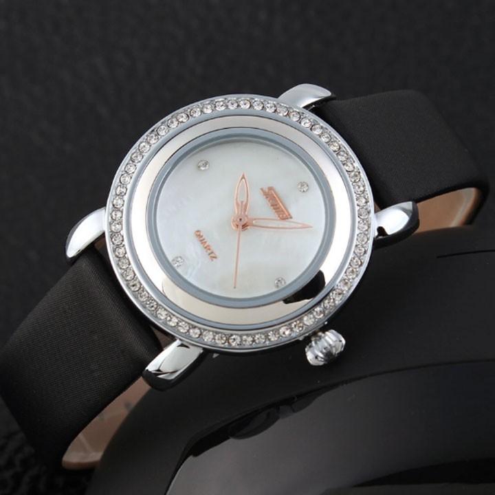 Đồng hồ nữ dây da SKMEI viền đá cực xinh - 2804991 , 119040689 , 322_119040689 , 400000 , Dong-ho-nu-day-da-SKMEI-vien-da-cuc-xinh-322_119040689 , shopee.vn , Đồng hồ nữ dây da SKMEI viền đá cực xinh