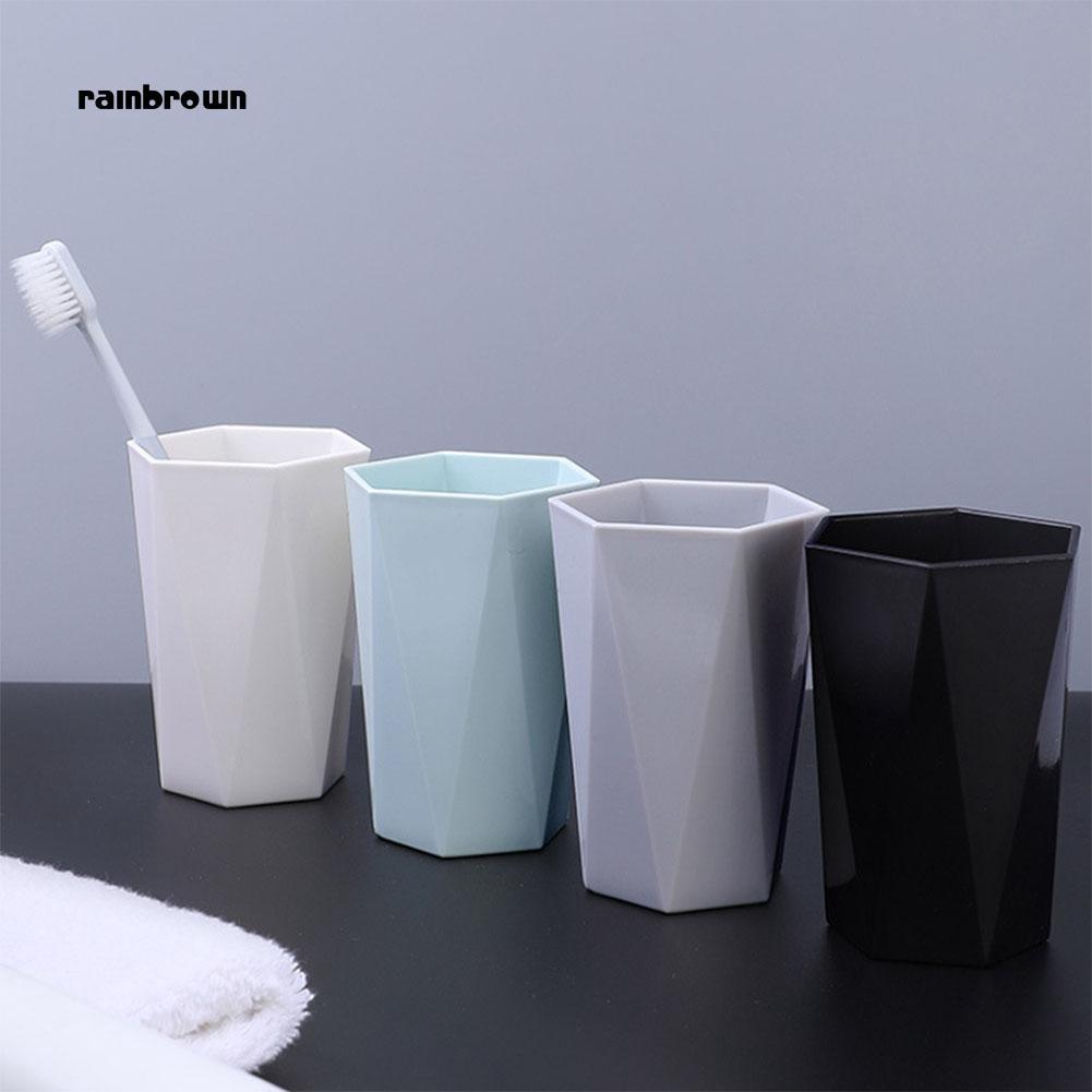 Cốc nhựa để bàn chải đánh răng tiện lợi - 14788652 , 2416508303 , 322_2416508303 , 40000 , Coc-nhua-de-ban-chai-danh-rang-tien-loi-322_2416508303 , shopee.vn , Cốc nhựa để bàn chải đánh răng tiện lợi